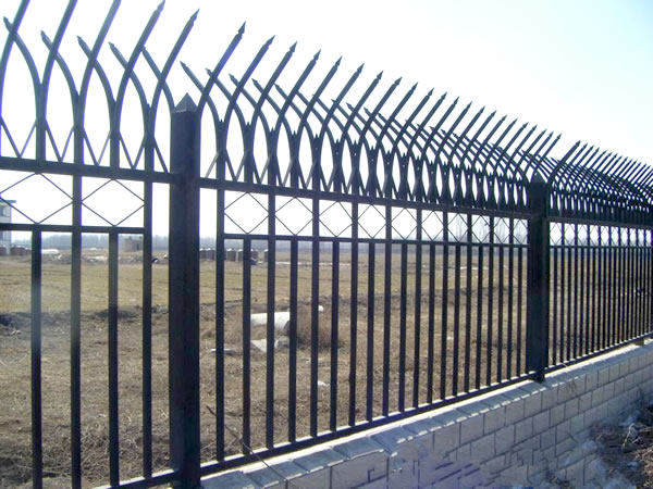 Galvanized Steel Picket Fence Perimeter Security Fencing