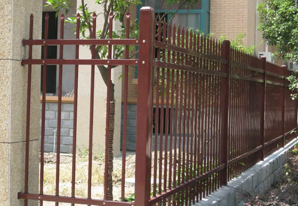 Galvanized Steel Picket Fence Perimeter Security Fencing